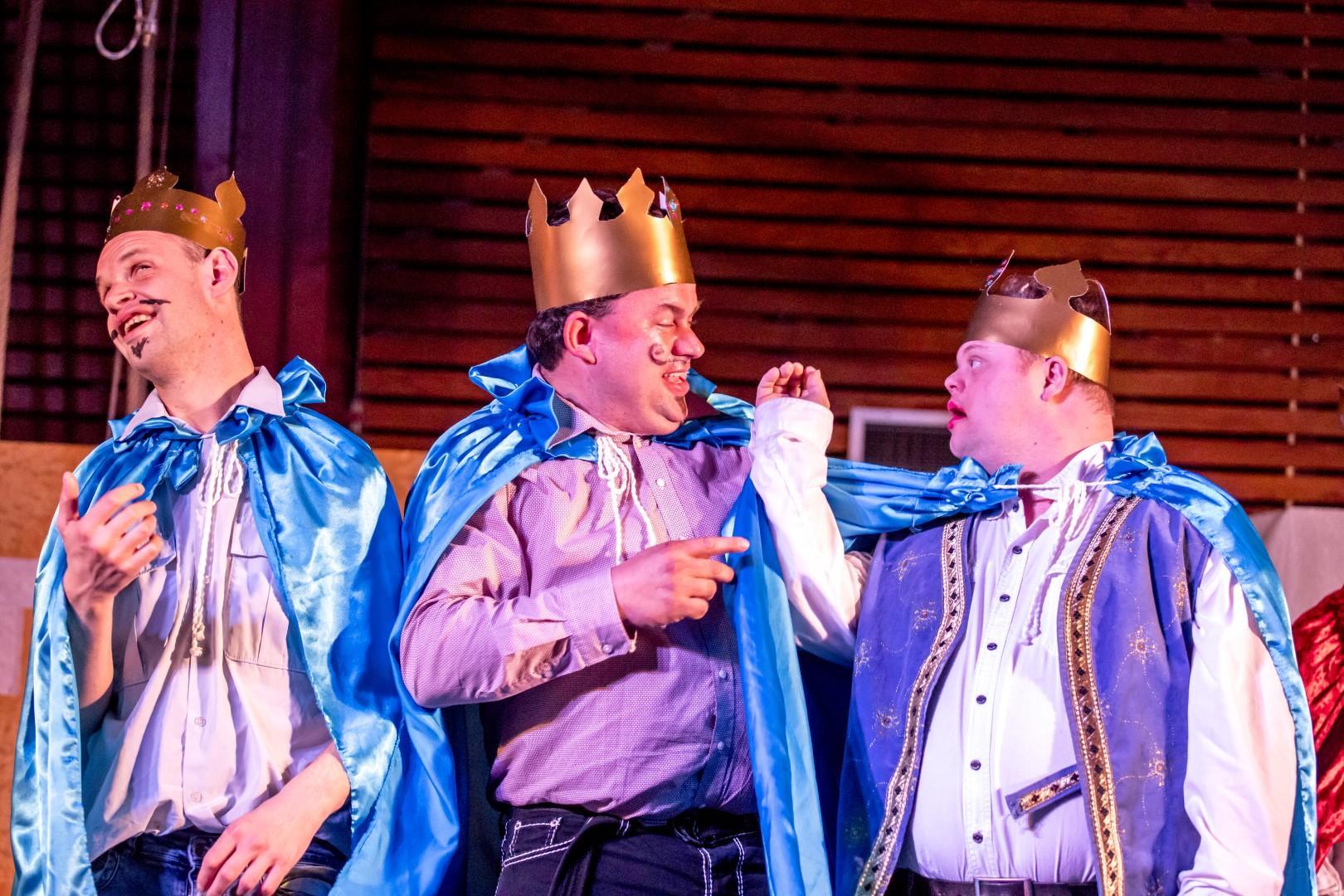 Theater Trots speelt sprookje regie Karin Tromp